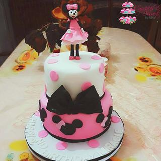 Minnie Mouse for a Golden Birthday - Cake by Risha