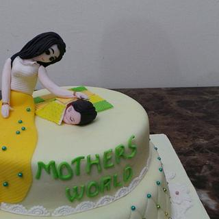 Mothers World Event Cake