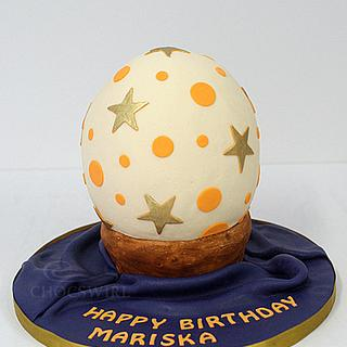 Decorated Ostrich Egg  - Cake by Robyn