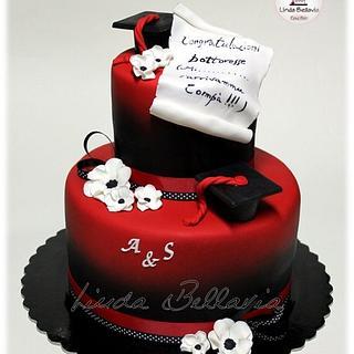 RED GRADUATION CAKE