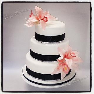 Weddingcake Little Bling and Chambidium orchids - Cake by Torta Deliziosa