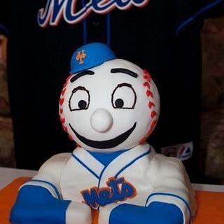 Mr. Met - Cake by Lauren