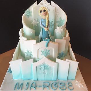 Frozen castle cake - Cake by Jill saunders