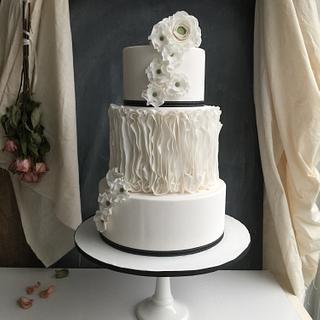 Vertical ruffle cake