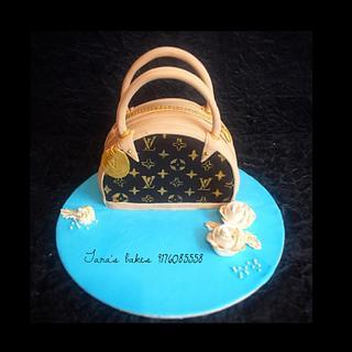 A Louis Vuitton purse Cake. - Cake by Tara