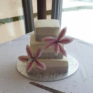 Stargazer Lily Wedding Cake