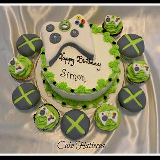 XBox 360 Cake and Cupcakes
