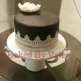 Simple Regal Lace - Cake by Baked By Valeri