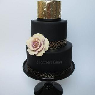b l a c k & g o l d - Cake by Sugarlace Cakes