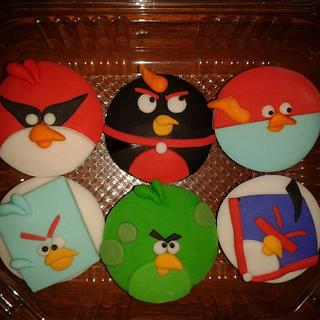 Space angry birds cupcakes