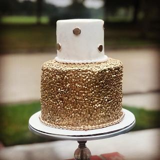 Golden sequins cake