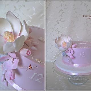 Sweet magnolia  - Cake by Tortolandia