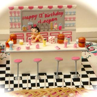 BETTY BOOPS DINER CAKE !!!!