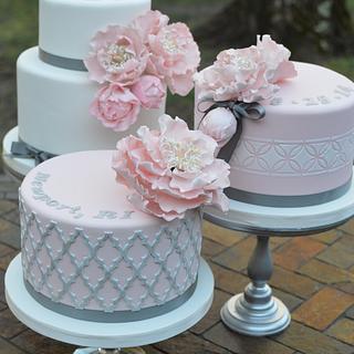 Blush and Silver Cake Bar