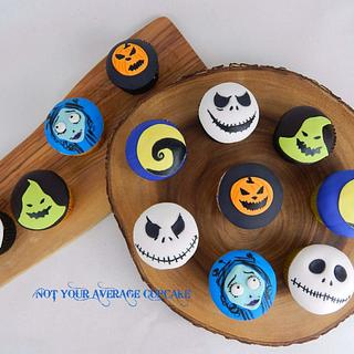 Tim Burton-themed cupcakes