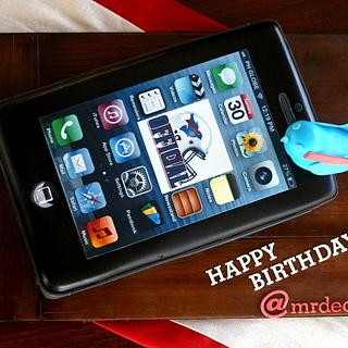 """iphone 5 Cake (and the """"making of"""" pics, too)"""