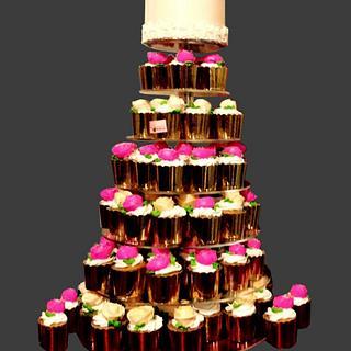 Wedding Elegance  - Cake by Michelle's Sweet Temptation