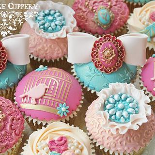 High Tea Cupcakes - Cake by Cat Lawlor