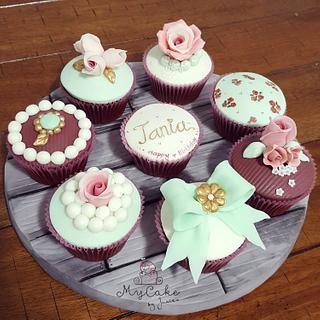 Vintage cupcakes - Cake by Hopechan
