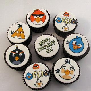 Angry Birds Cupcakes - Cake by Cheryl