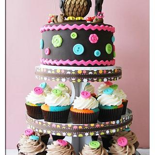 Owl cake / cupcake tower