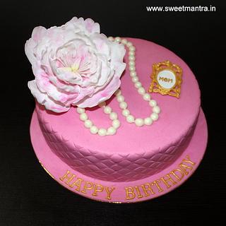 Peony flower theme customized cake for moms birthday