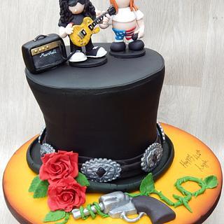Slash Hat Guns & Roses cake