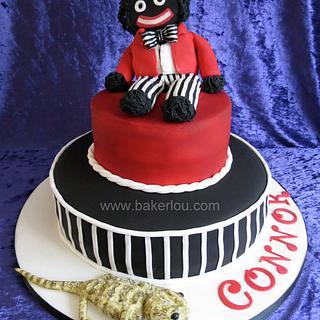 Golliwog Cake with a bearded dragon...