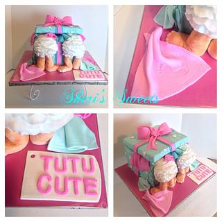Babies in a present cake - Cake by Sheri Hicks