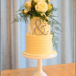 Rustic textured buttercream wedding