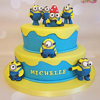 Minion mad cake