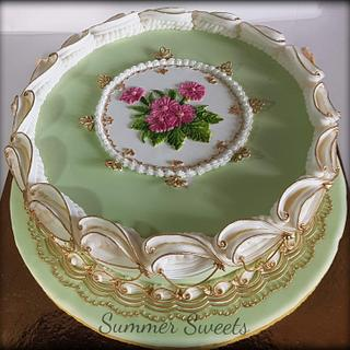 Royal icing , overpiping technique cake