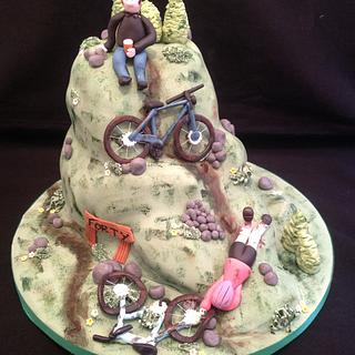 Mountain bike cake - Cake by Linda Milne (the little cake room)
