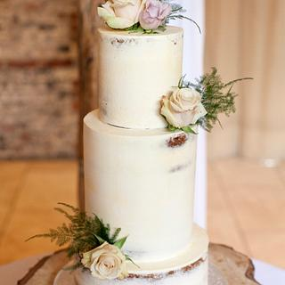 3T semi-naked cake