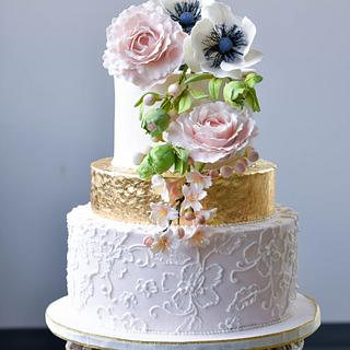 Blush and Gold wedding cake - Cake by Shiny Ball Cakes & Creations (Rose)