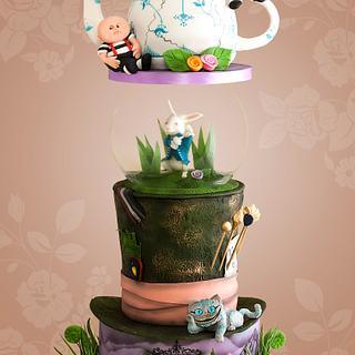 Tim Burton Alice in Wonderland Cake