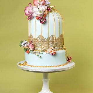 Vintage Birdcage - Cake by THE BRIGHTON CAKE COMPANY