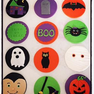 Halloween cupcake toppers - Cake by Mel - Top This Cake