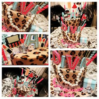 DIVA - Cake by Kendra