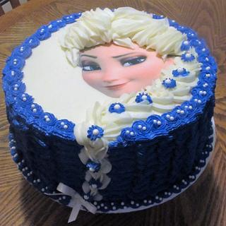 Elsa from Frozen - Cake by Laura