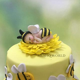 MOM TO BEE Cake