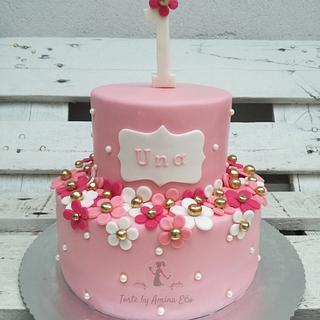 Daisy blossom cake