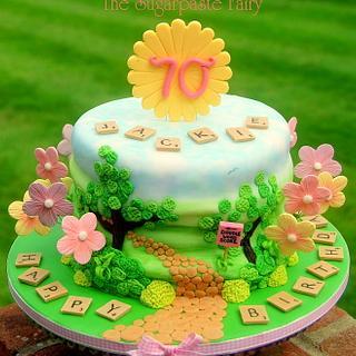 Mummy Sunshine - Cake by The Sugarpaste Fairy