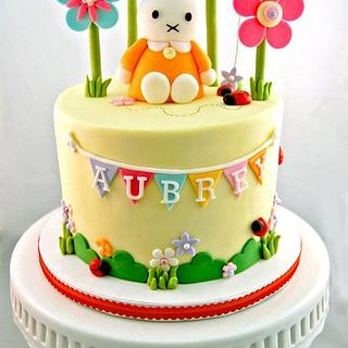 Miffy Cake and Cuppies for Aubrey - Cake by Annie