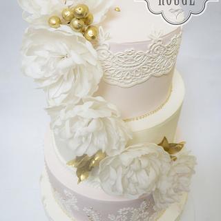 White peonies wedding cake