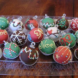 Christmas Baubles Cake Pops