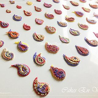 Paisley cupcake toppers