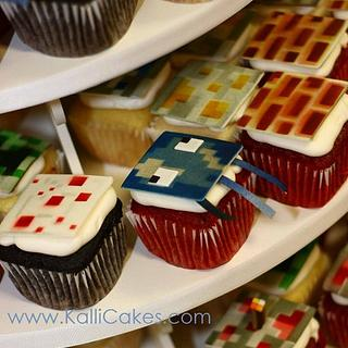 Minecraft Cupcakes & Cake - Cake by Andrea