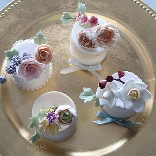 Dainty mini cake favors - Cake by Jackie Florendo