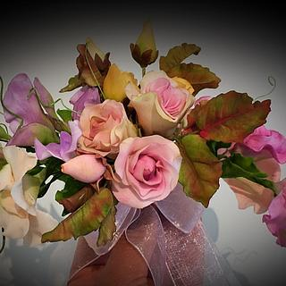 Sweetpeas & roses spray!
